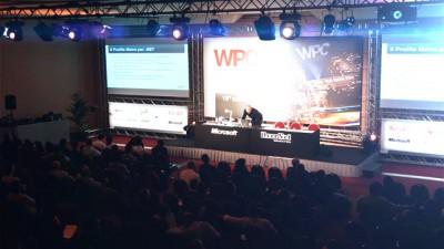 Immagine dal WPC2012 di Milano di una sala congressi piena di gente.