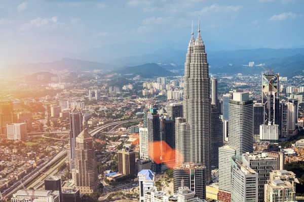 Skyline dei grattacieli di Kuala Lumpur, in Malesia.